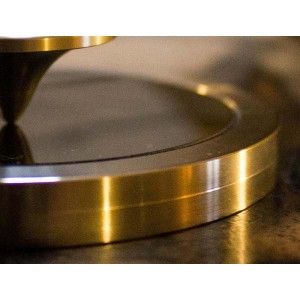 Zlatenje kovinskih elementov ali restavriranje pozlate kovinskih elementov